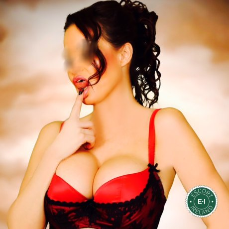 English Davina is a very popular English Escort in Cork City