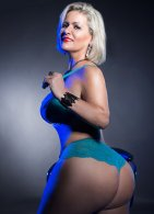 Mature Carla Montana - escort in Limerick City