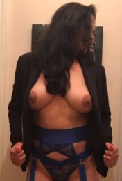 Meet the beautiful Samantha in Omagh  with just one phone call