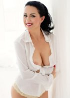 Lady Nicole - escort in Douglas